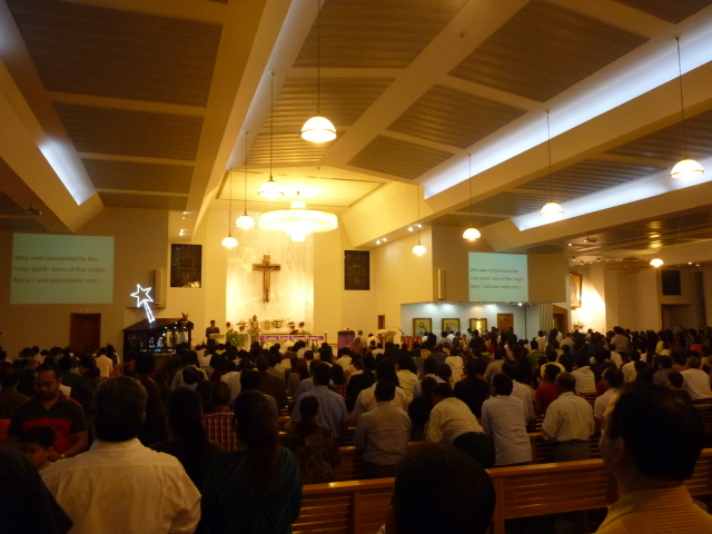 An evening mass at St. Mary's in Dubai / Fr. Gaurav Shroff / Flickr